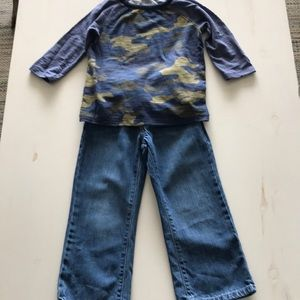 Old Navy  top and jeans bundle